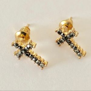 NWOT small cross studs